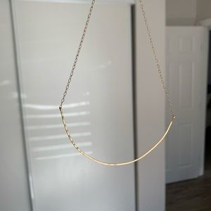 Jewelry - Pretty simple gold chain